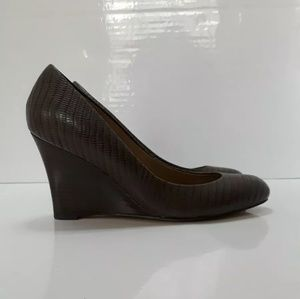 ANN TAYLOR Size Leather Crocco Wedge Pumps Brown